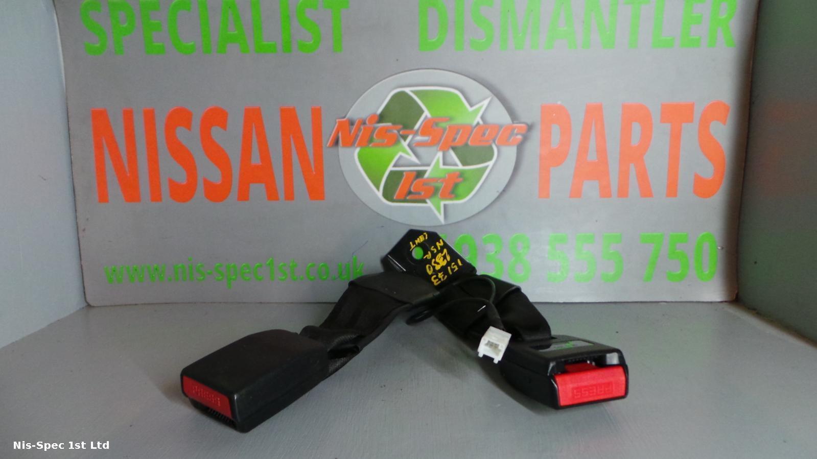 QASHQAI SEAT BELT STALK NEARSIDE LEFT REAR PART NUMBER 88863 JD11A J10 06-13