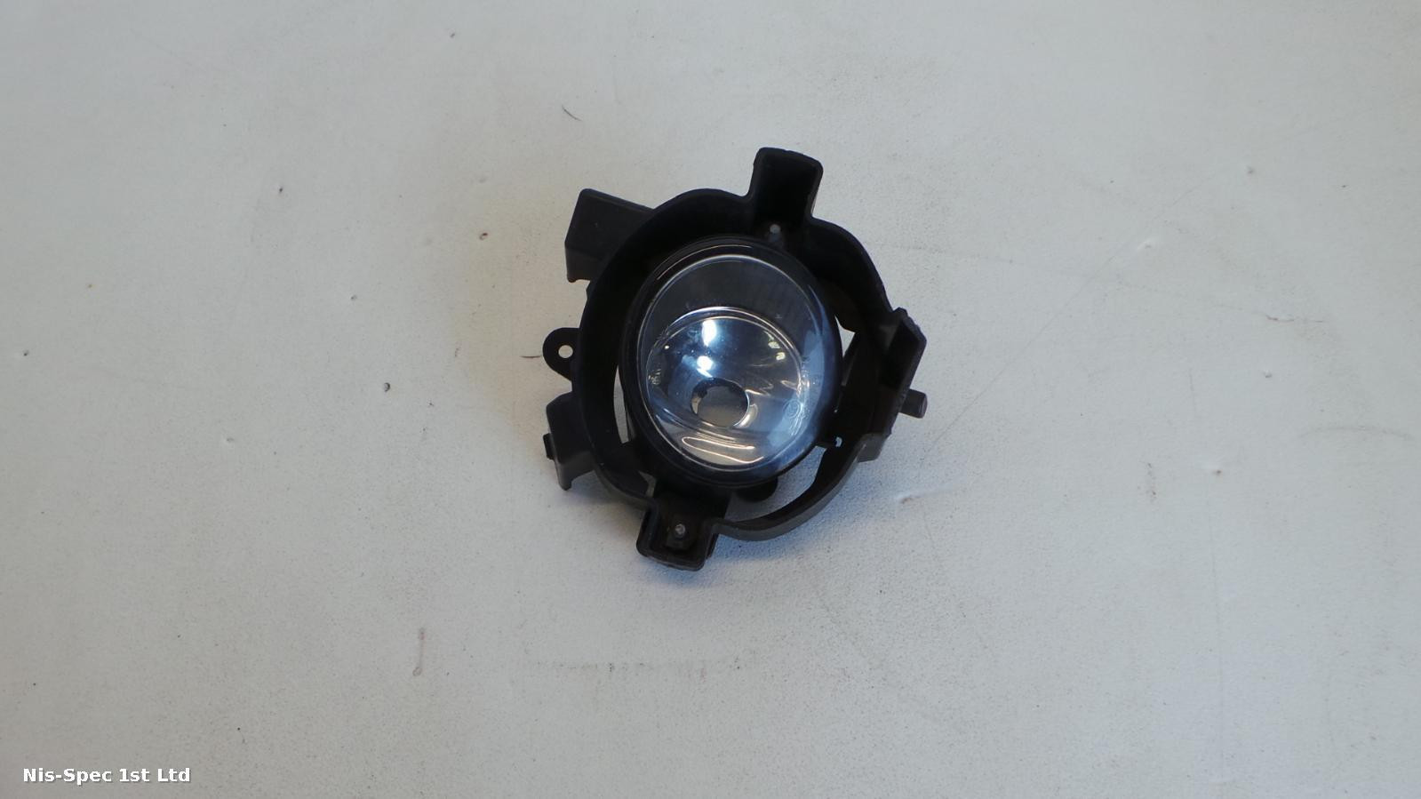 NISSAN QASHQAI J10 07-10 DRIVERS FRONT FOG LIGHT