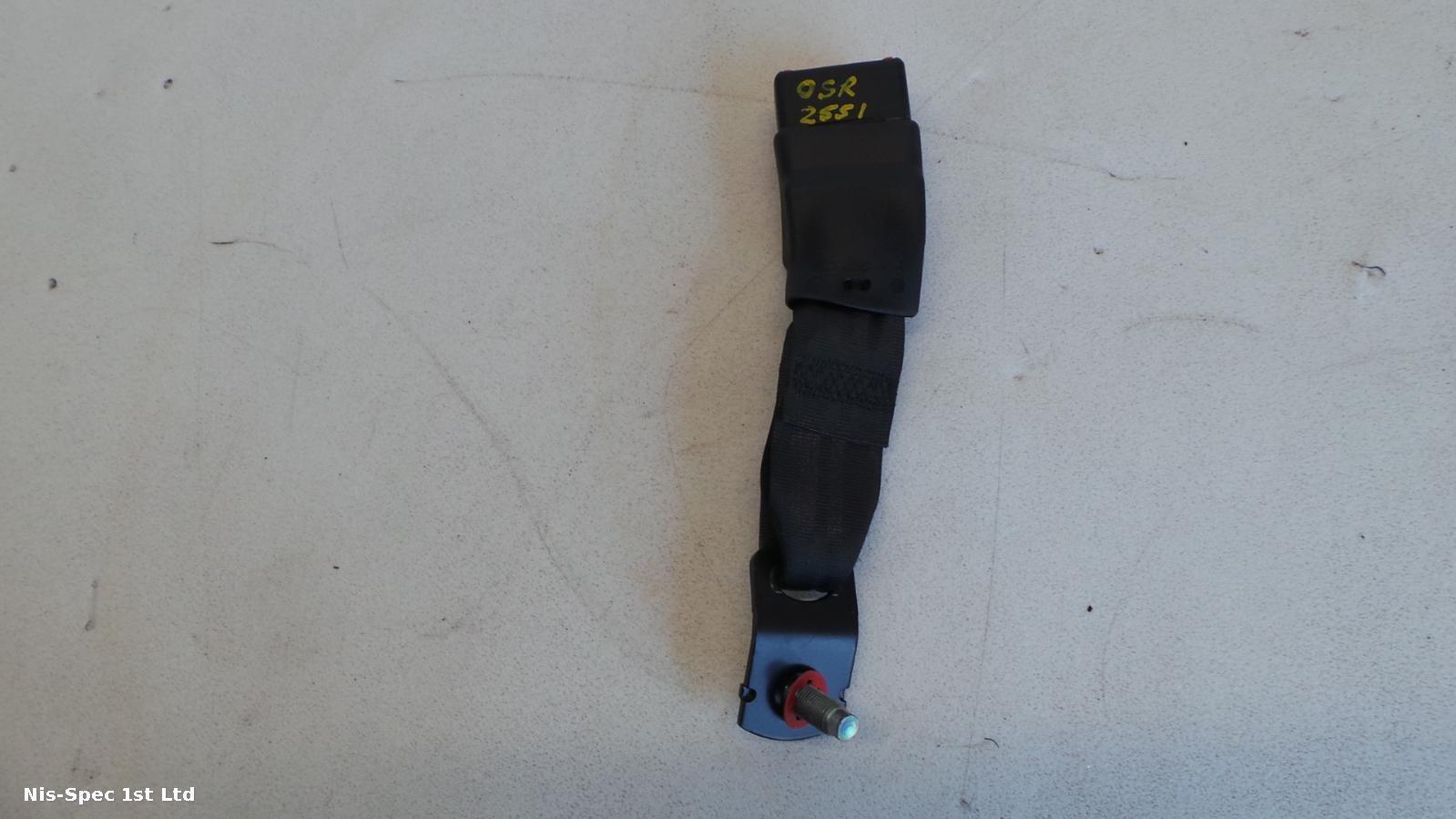 NISSAN JUKE F15 OFFSIDE RIGHT REAR SEAT BELT STALK P/N 88842-1KA3A
