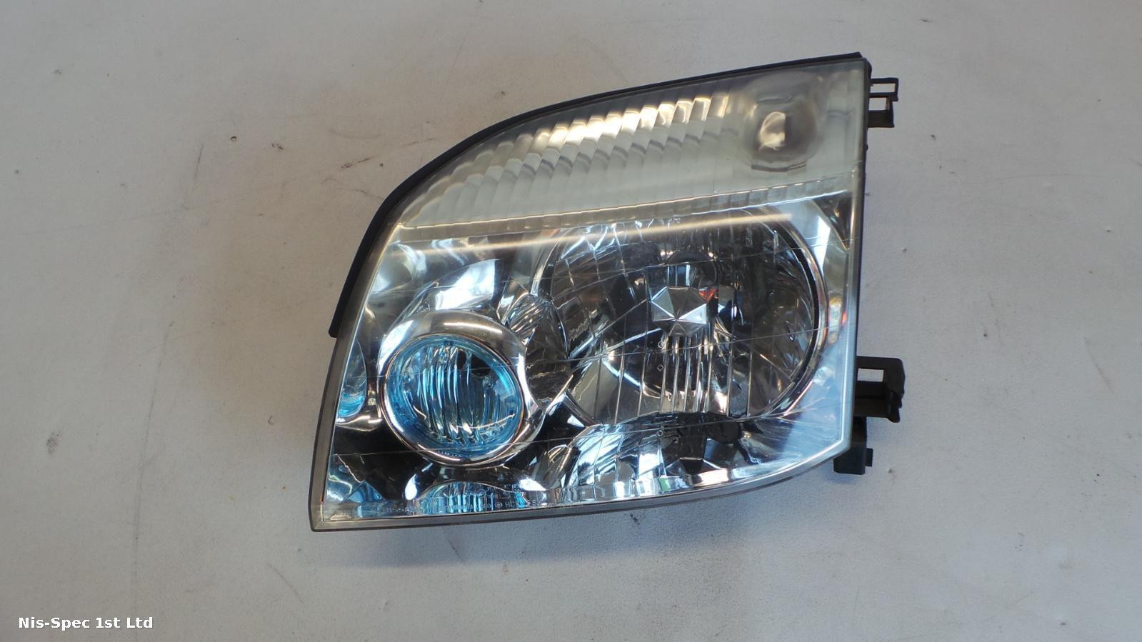 X TRAIL HEADLIGHT PASSENGER LEFT HALOGEN  T30 01-06