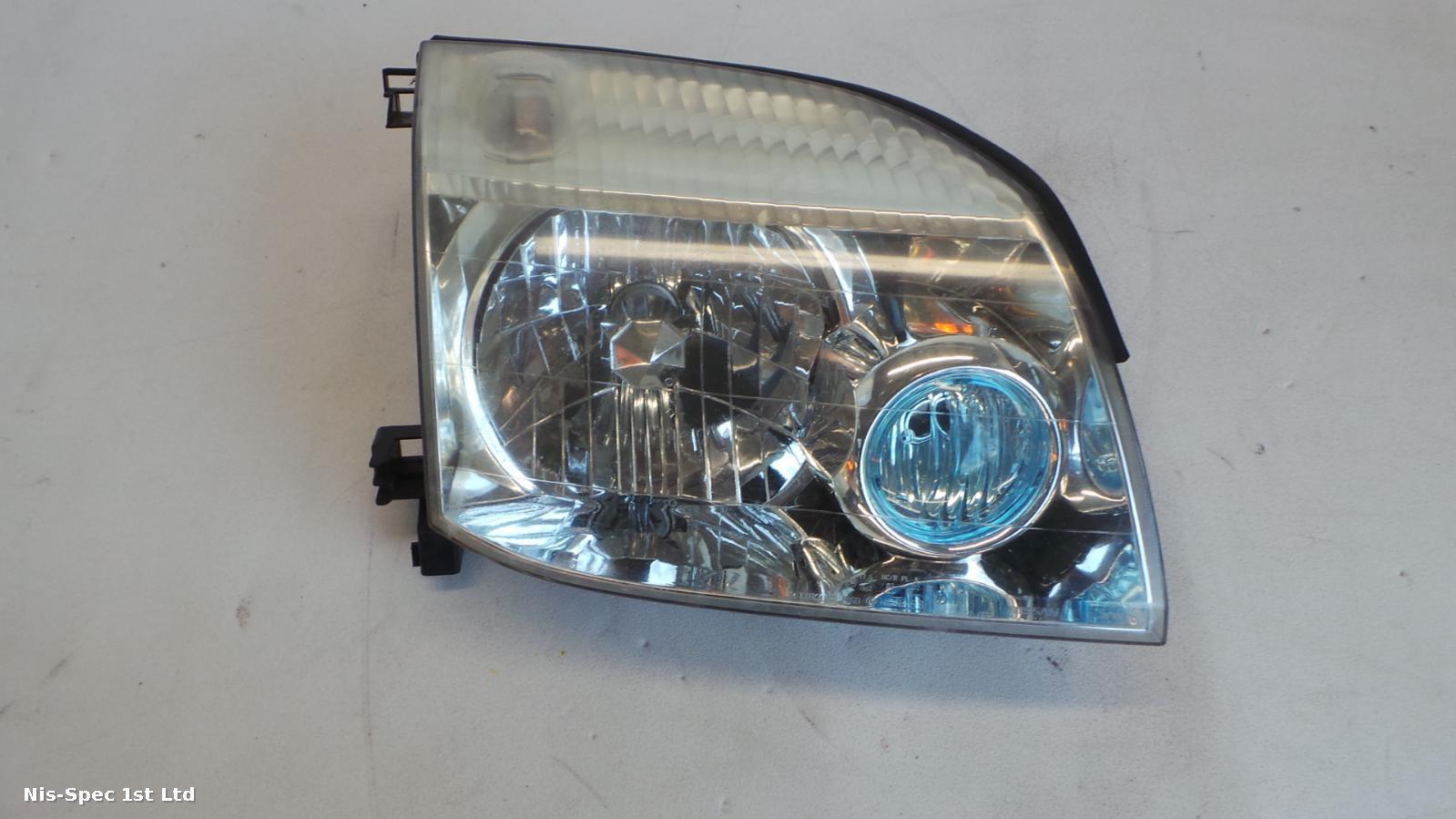 x trail headlight drivers right offside halogen t30 01-06