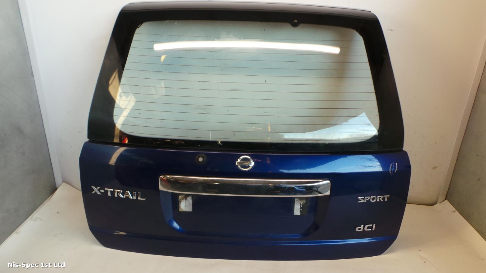 X TRAIL TAILGATE T30 01-06 BARE SOME LIGHT MARKS
