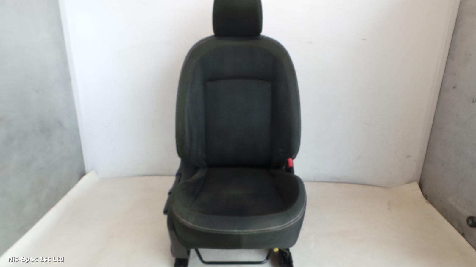 QASHQAI DRIVERS FRONT SEAT CLOTH J10 06-13