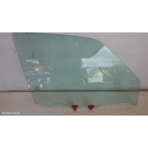 NISSAN JUKE F15 DRIVERS FRONT OFFSIDE RIGHT DOOR WINDOW GLASS